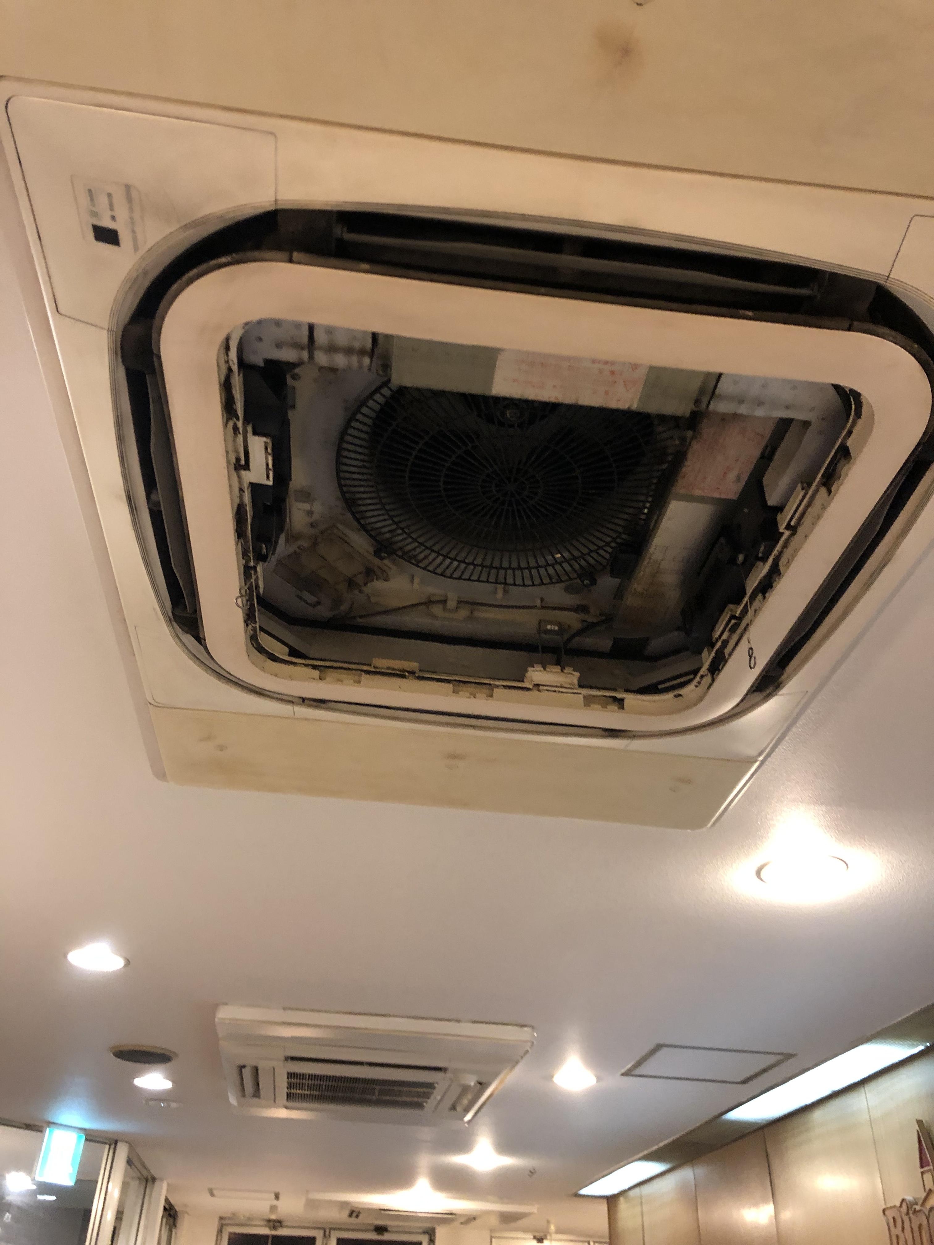 三田川町大手チェーン店R業務用エアコン分解クリーニング